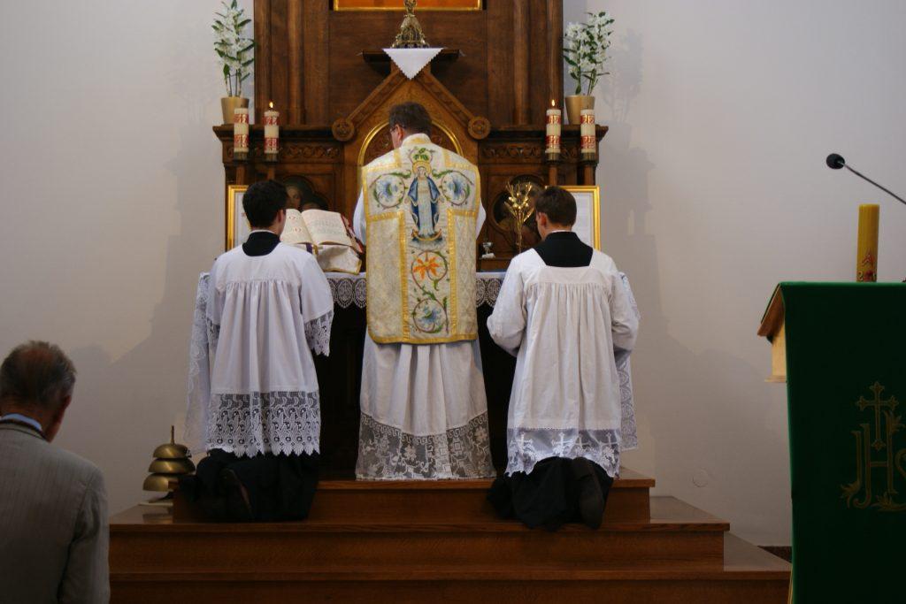 """""""Quam oblatiónem tu, Deus, in ómnibus, quǽsumus…"""""""