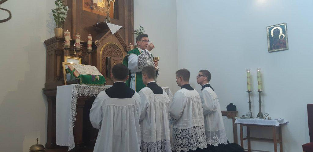 """Ecce Agnus Dei, ecce qui tollit peccatum mundi."""