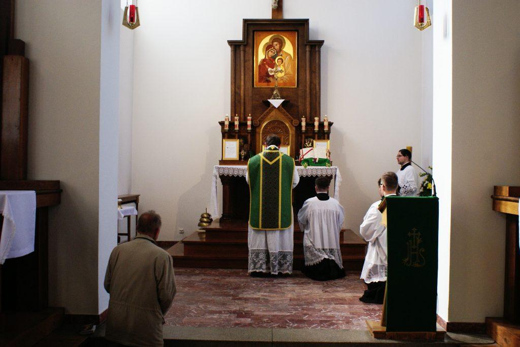 Modlitwy ustopni ołtarza
