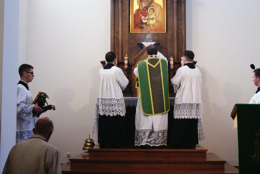 Okadzenie krzyża